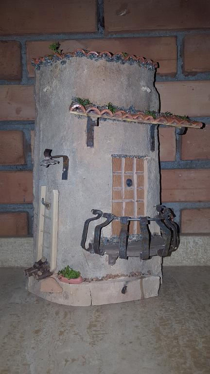 Tegola 12 - Santina Mordà - scultura su tegola - 100 €