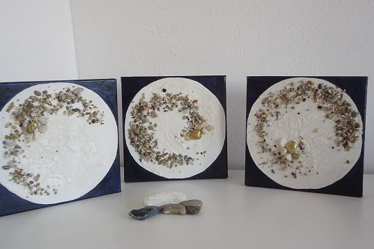 Tre piccole Lune - RITA SCARPELLI - pittura materica - 60 €