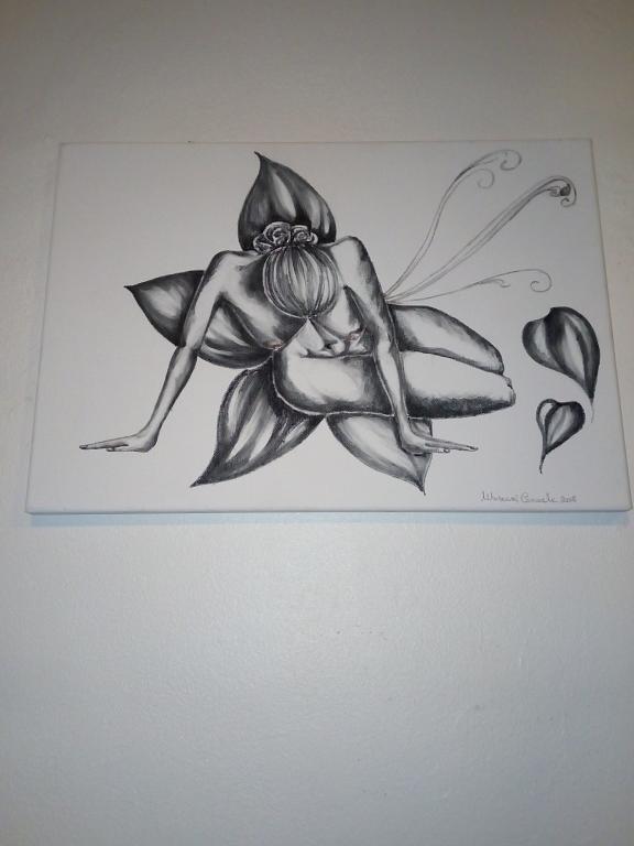 La donna e il fiore - Carmela Muscara - Carboncino - 200 €