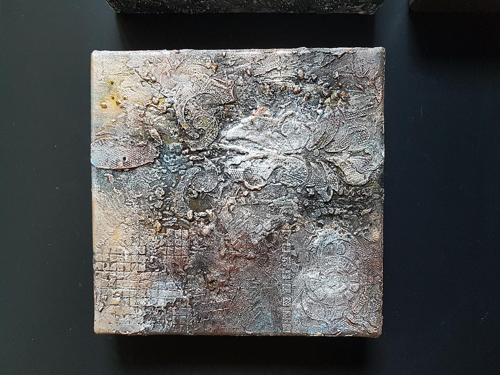 Tempo passato.2 - BubArt Studio - Stucchi, resina - 50 €